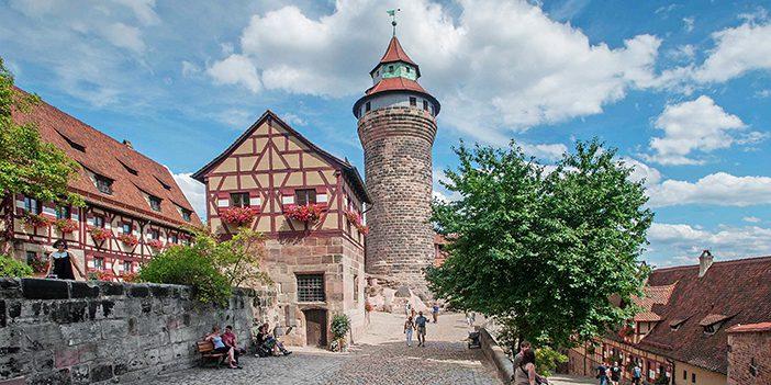 CC_Nuremberg_Cobblestones_Tower_702x351_tcm21-36028