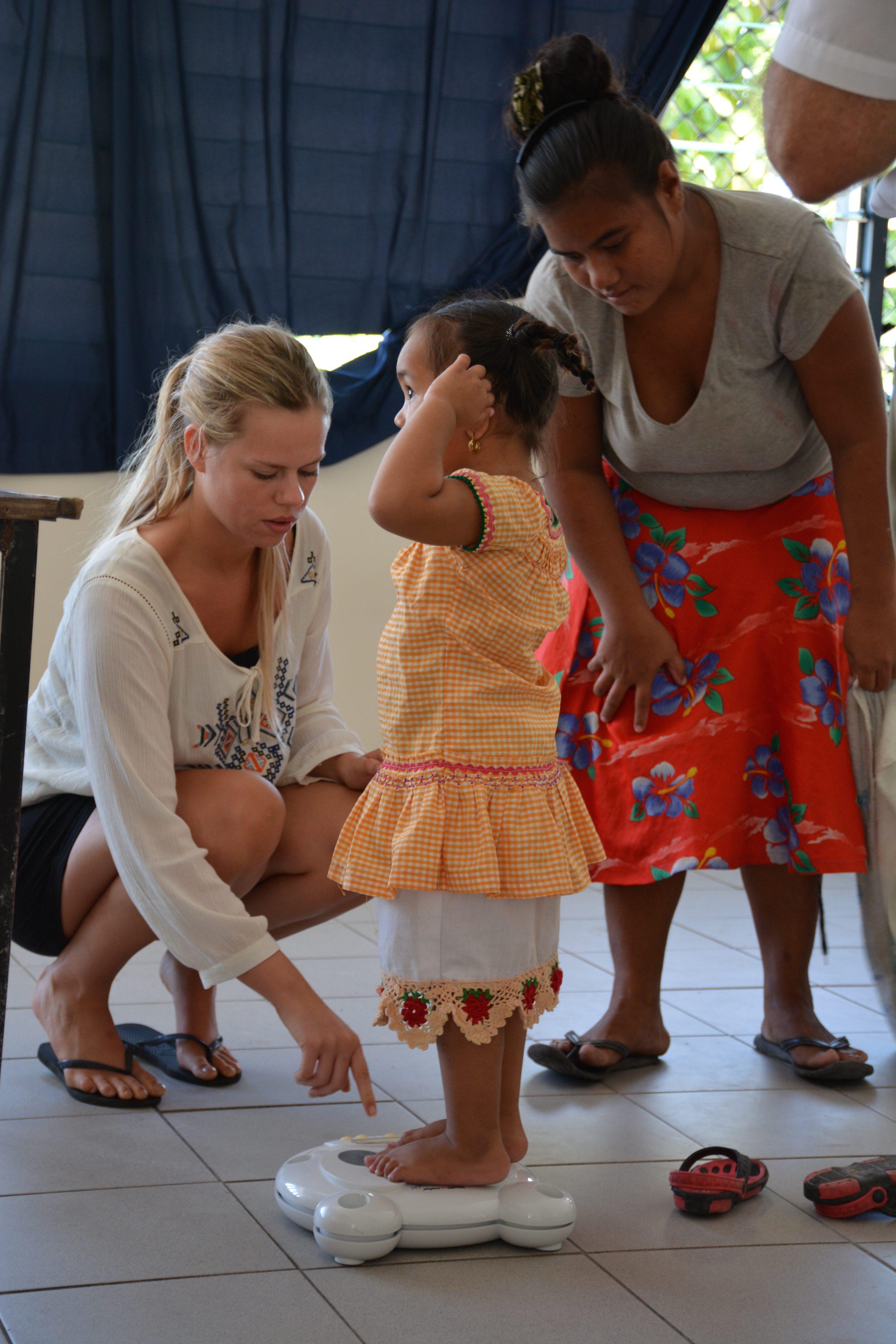 Kiribati. weighing child - Copy
