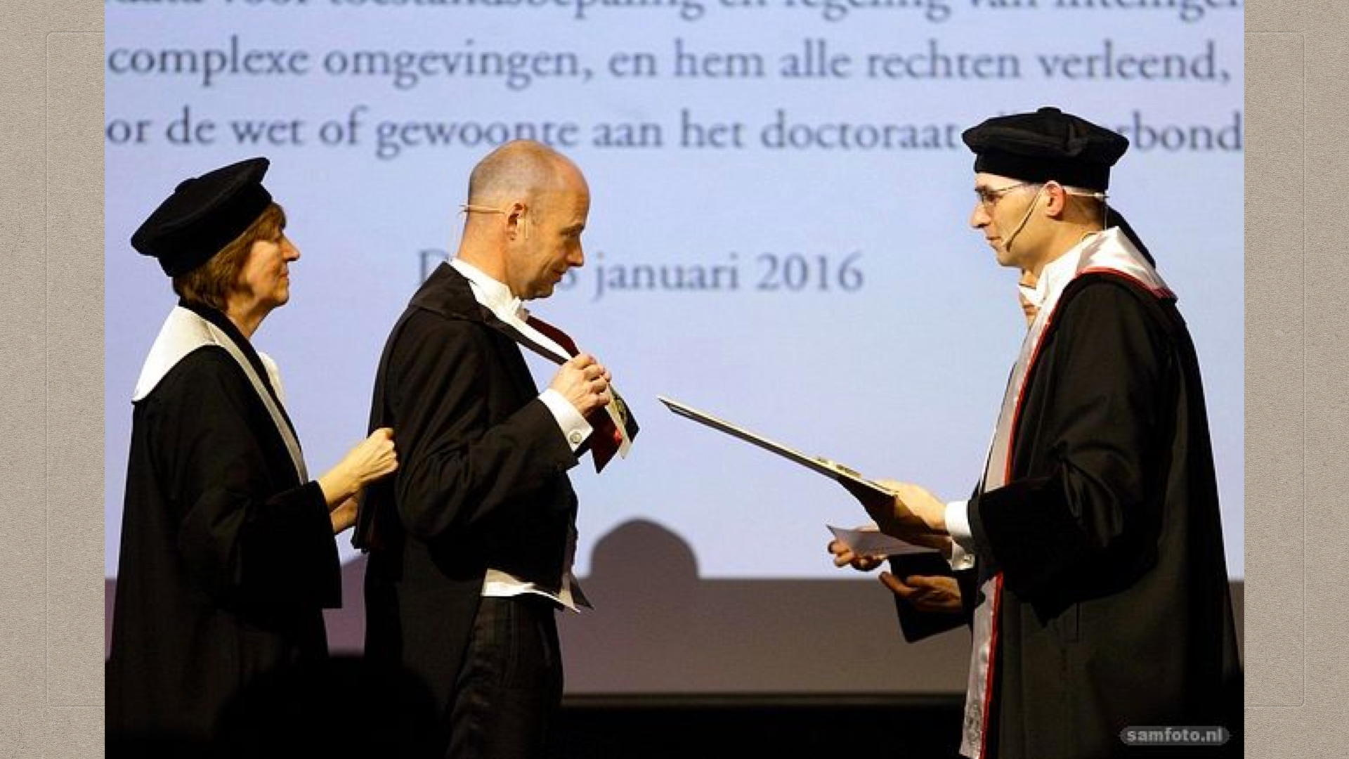02-01-Thrun Receives Honorary Doctorate at TU Delft