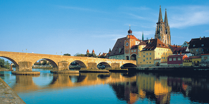 CC_RegensburgOldBridgeRMD_702x351_tcm21-36024