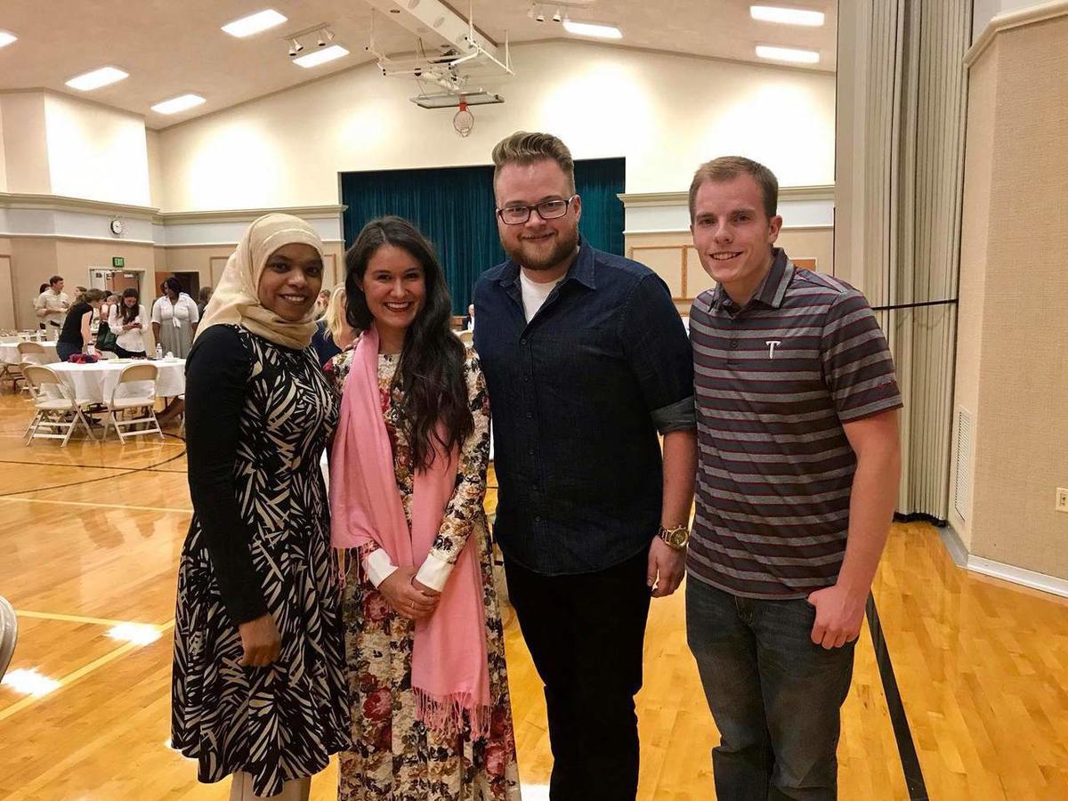muslim single men in pell lake Date smarter date online with zoosk meet walworth county muslim single men online interested in meeting new people to date.