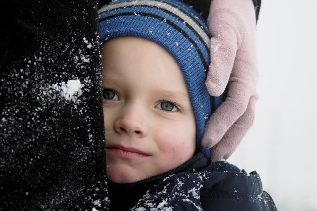 bigstock_Close_To_Mom_On_A_Cold_Day_355326